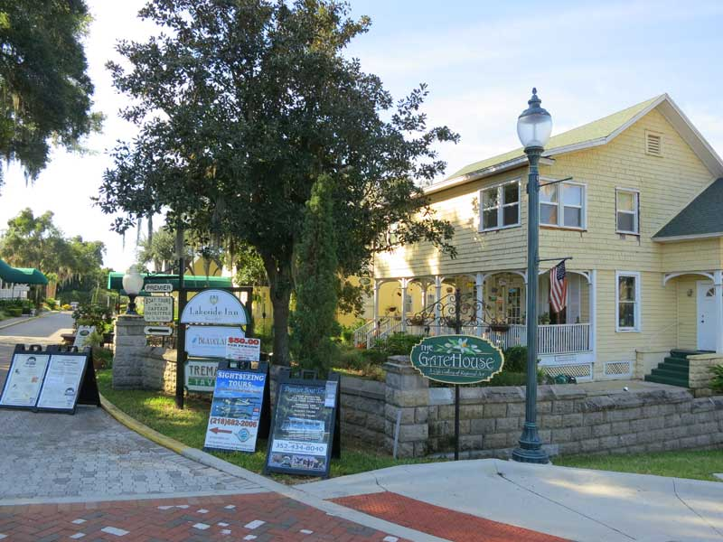 mount dora big and beautiful singles See what it's like to live in mount dora single family 229 e 6th ave mount dora, fl mount dora is a beautiful small town that is very family and community.