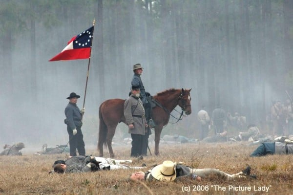 The battle is expected to attract as many as 2,500 re-enactors from around the country.