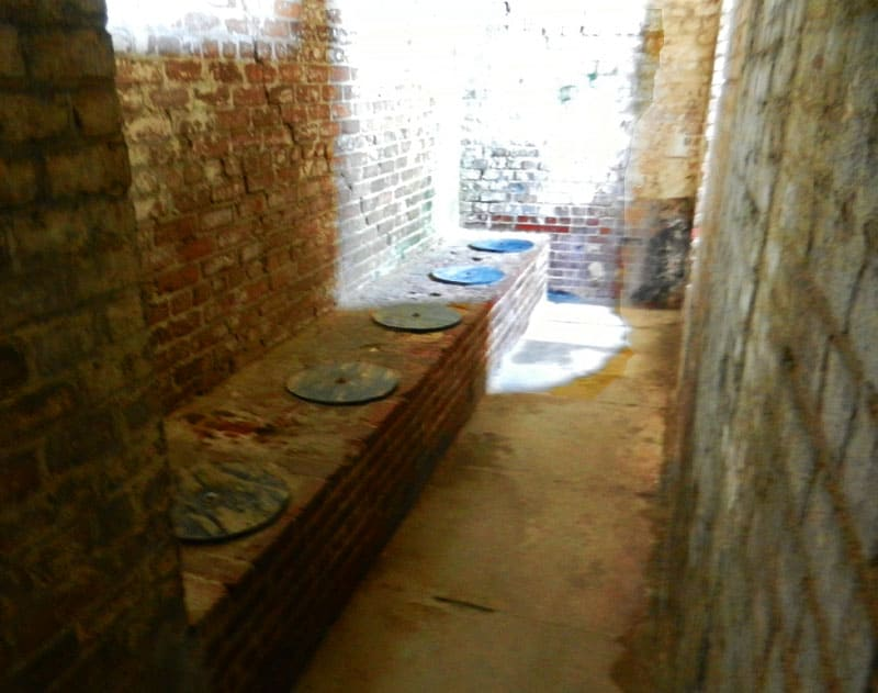 Visitors are fascinated by the row of latrines, which emptied into the ocean and flushed by the tide. Because there is not a huge difference between high and low tide, this was not highly effective.