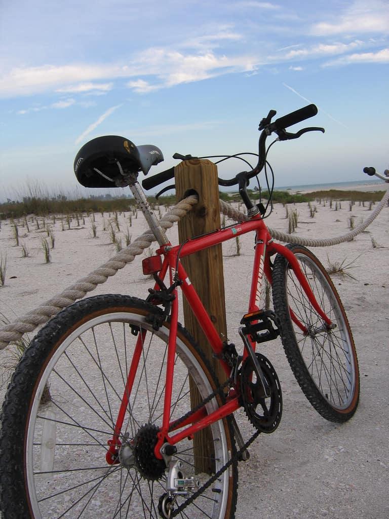 sanibel bike sky Biking Sanibel Island: Bicycle trails take you to all the best spots