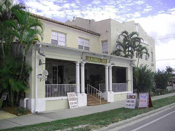 Historic Florida Seminole Inn Indiantown