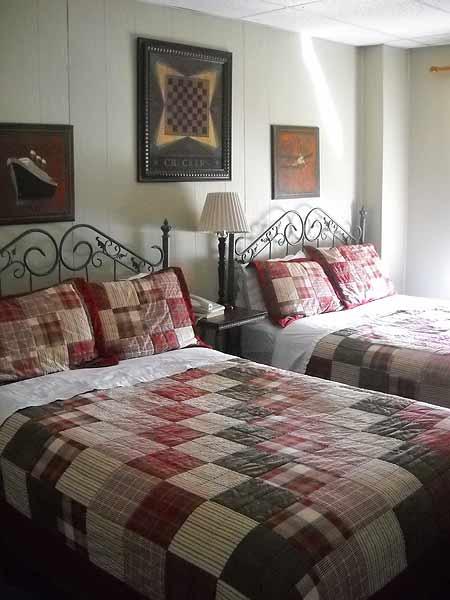Historic Florida Seminole Inn Indiantown room