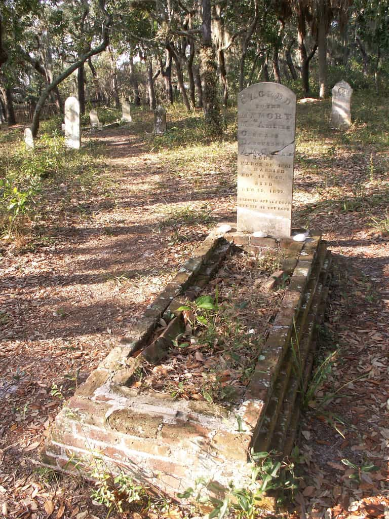 The old cemetery on Atsena Otie Key. an island you can reach by kayak from Cedar Key. It's one the top things to do in Cedar Key.