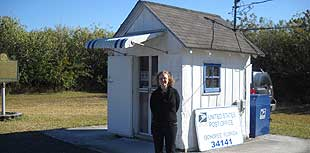 ochopee po Ochopee: Cutest, smallest post office in the US
