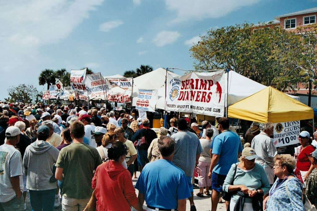 Crowds line up at Fort Myers Beach Shrimp Festival