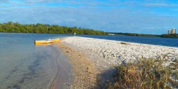 John D MacArthur Beach State Park Munyon Island sandy point