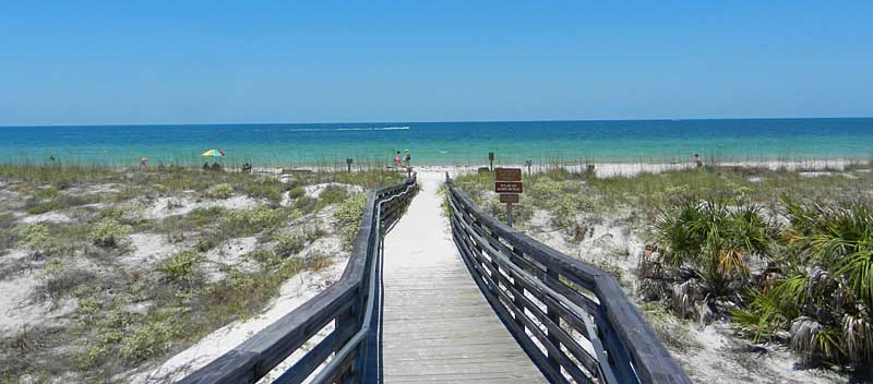 The boardwalk leading to the main beach on Caladesi Island State Park. (Photo: Bonnie Gross)