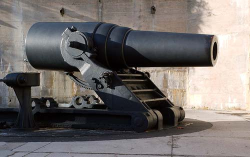 Cannon at Fort DeSoto Park