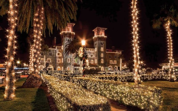 Lightner Museum decorated during St. Augustine Nights of Lights (Photo courtesy FloridasHistoricCoast.com.)