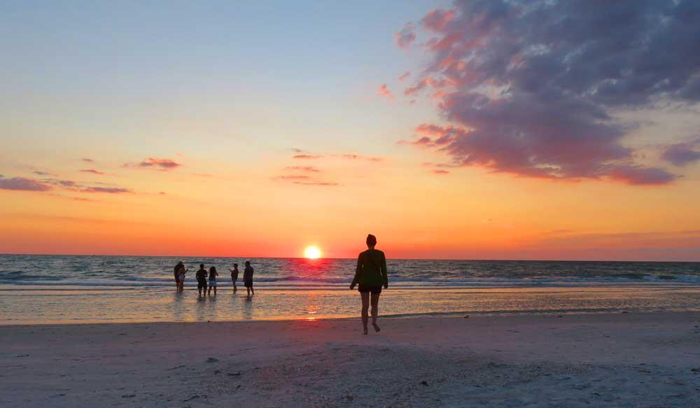 Sunset on Pass-a-Grille beach. (Photo: Bonnie Gross)