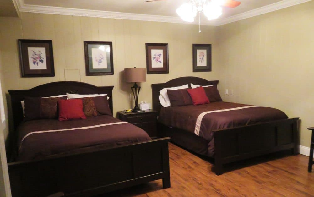The cabins have comfortable hotel rooms (no kitchens; not even in-room coffee makers.) (Photo: Bonnie Gross)