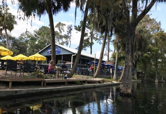 Things to do in Dunnellon Fl: Eat a Swampy's, an open-air waterfront restaurant on the Rainbow River. (Photo: Bonnie Gross)