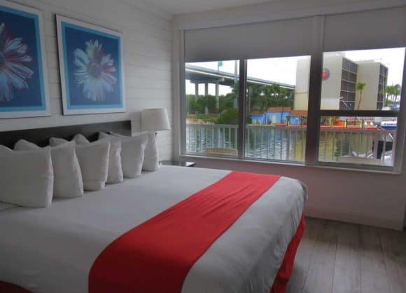 Every room at Gilbert's Resort in Key Largo has a big view. (Photo: David Blasco)