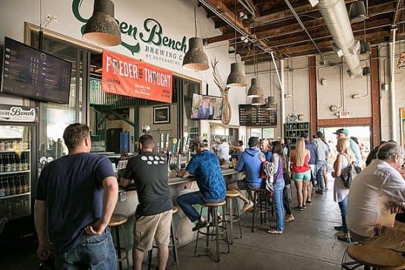 green bench brewing brewpub st. petersburg