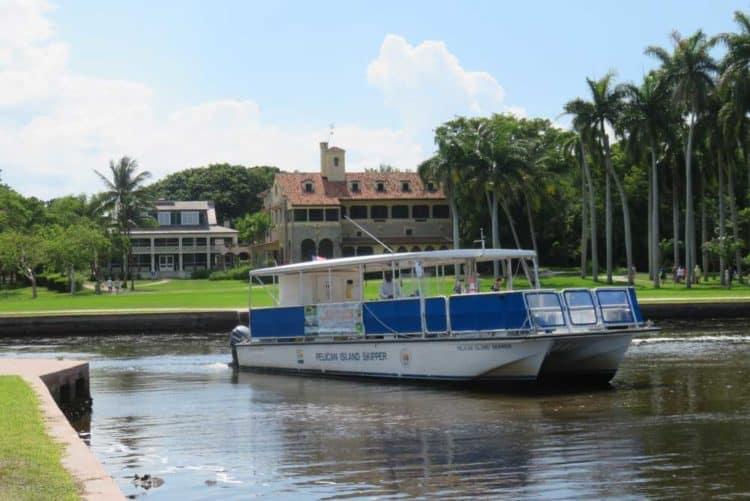 The Stiltsville tour boat at Deering Estate. (Photo: David Blasco)