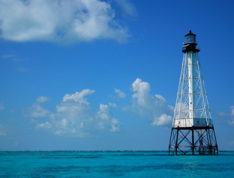This Florida lighthouse, Alligator Reef off Islamorada in the Florida Keys, recently was given to a nonprofit group that will refurbish it. (Photo: Can Stock/ TamsFocus)
