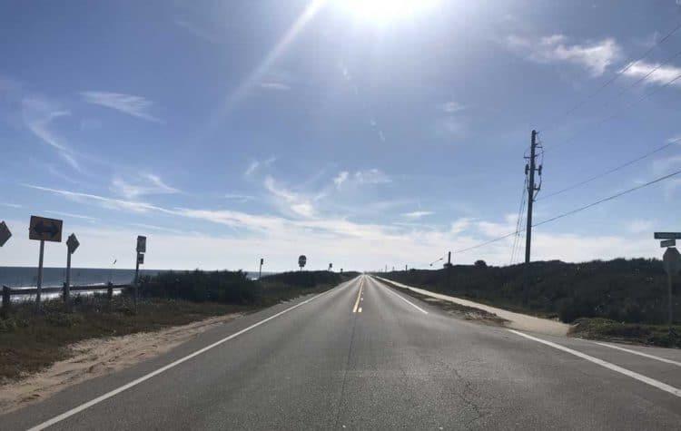On Florida A1A near Flagler Beach, traffic was sparse on a sunny December weekend.  (Photo: Bonnie Gross)