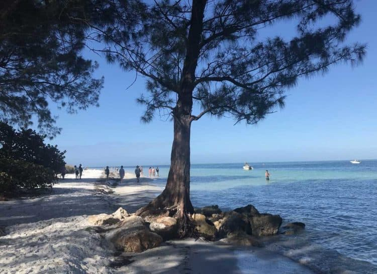 Anna Maria Island: Things to do include walking around Bean Point, where the beach narrows and the view is spectacular.