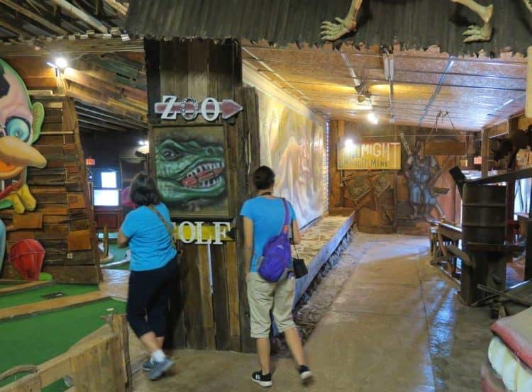 Florida roadside attractions: A walk through Boyett's Citrus in Brooksville. (Photo: Doug Alderson.)