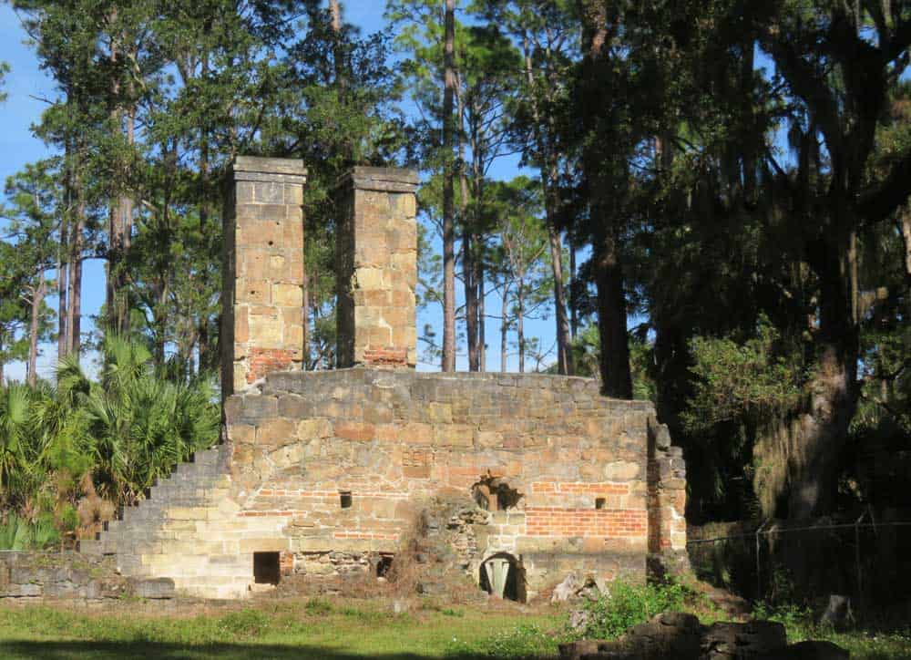 The ruins of the Dummett Plantation along the Ormond Scenic Loop and Trall. (Photo: David Blasco)