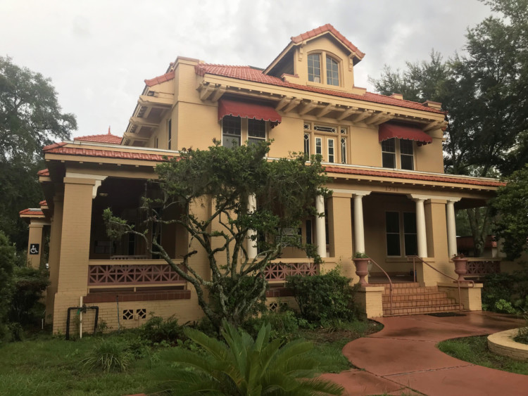 """#2 on the tour of historic homes of Riverside Avondale Park: Stringfellow Residence - 1541 Riverside Ave. This mansion was begun in 1906. The eclectic design shows a Colonial Revival influence. It is one of two mansions that remain on Riverside Ave. that were part of the original group of 50 called """"The Row."""" Information courtesy: Jacksonville's Architectural Heritage-Landmarks for the Future. (Photo: Bonnie Gross)"""