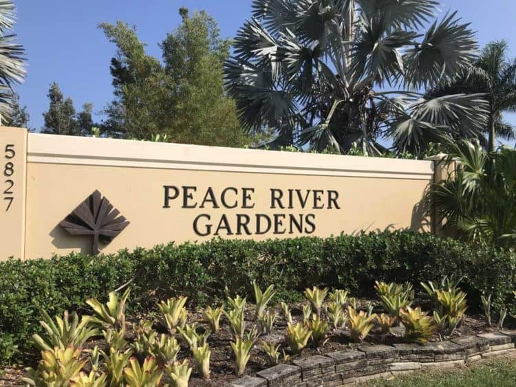 Peace River Gardens in Punta Gorda: If you think this will be a small-town small-scale garden, it will surprise you. (Photo: Bonnie Gross)
