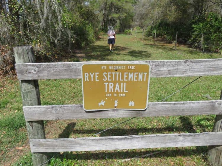 The Rye community thrived along the Manatee River from 1875 to the early 1900s. A trail at Rye Preserve leads to the community's cemetery. (Photo: David Blasco)