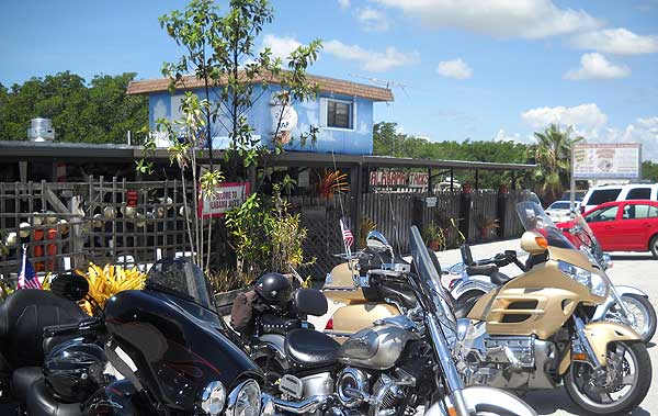 Alabama Jack's attracts motorcyclists, but this is a family-friendly fish shack.