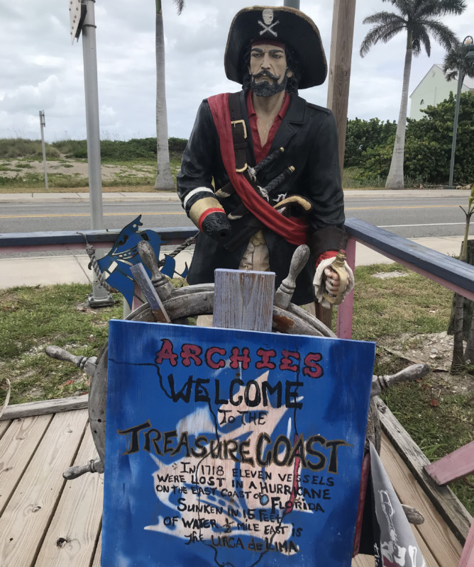 They've got a thing for pirates at Archie's Seabreeze on A1A in Fort Pierce. Behind the pirate, you see the dunes of the Atlantic beach. (Photo: Bonnie Gross)