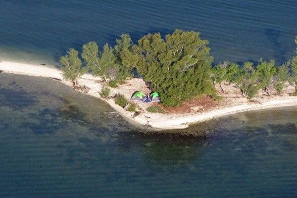 indian river camping 600x450 1 Primitive camping on dozens of starlit islands in Florida
