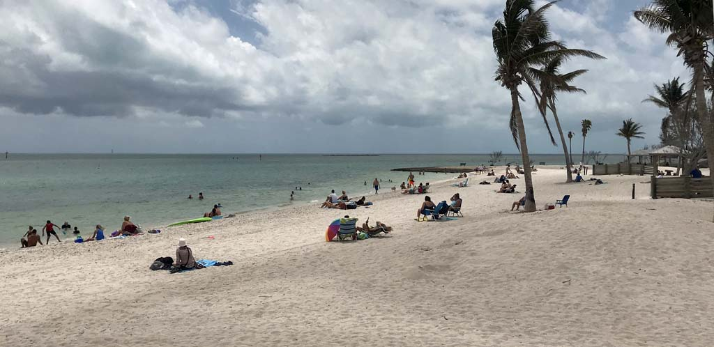 things to do florida keys marathon sombrero beach