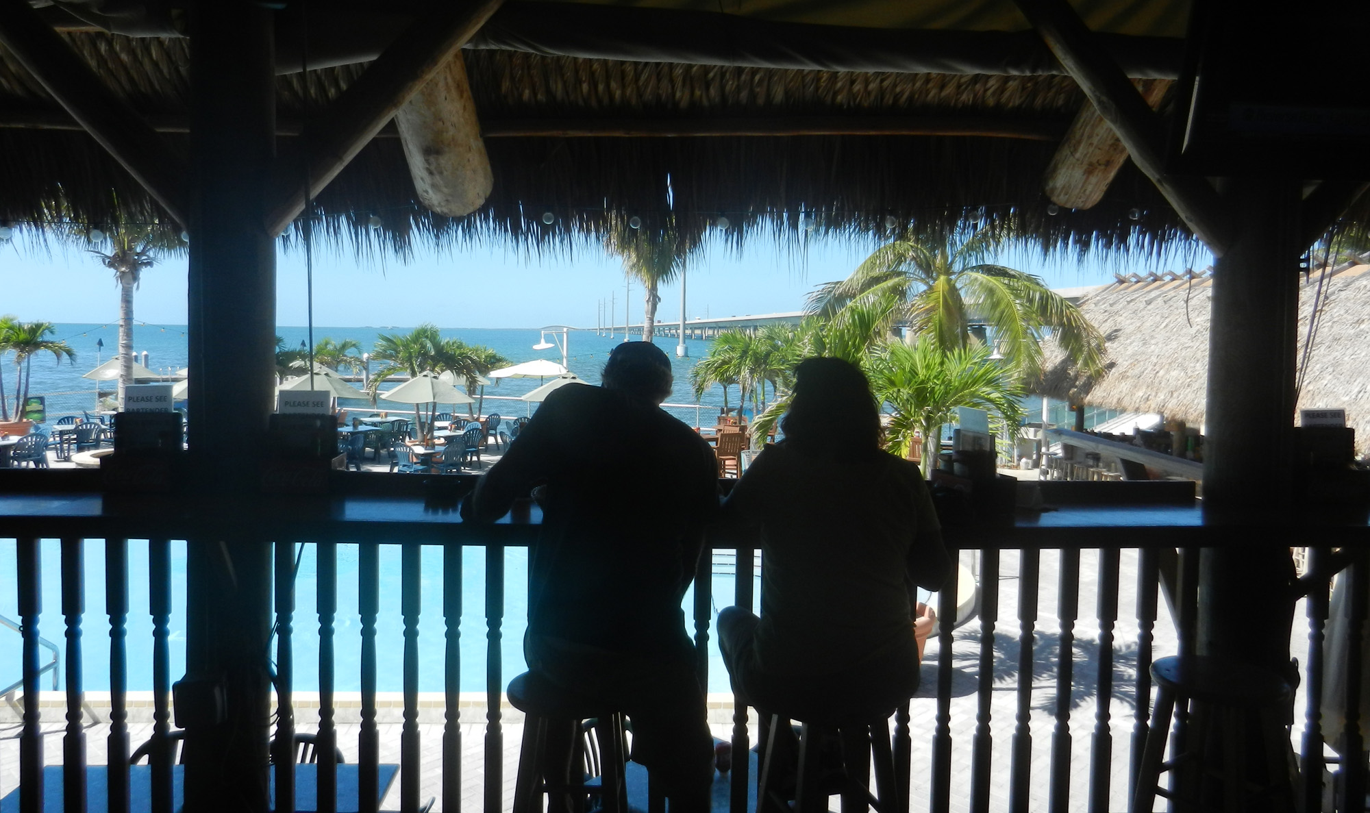 A favorite among things to do in Marathon: Having a beer at a tiki bar at the Sunset Grille & Raw Bar. (Photo: David Blasco)