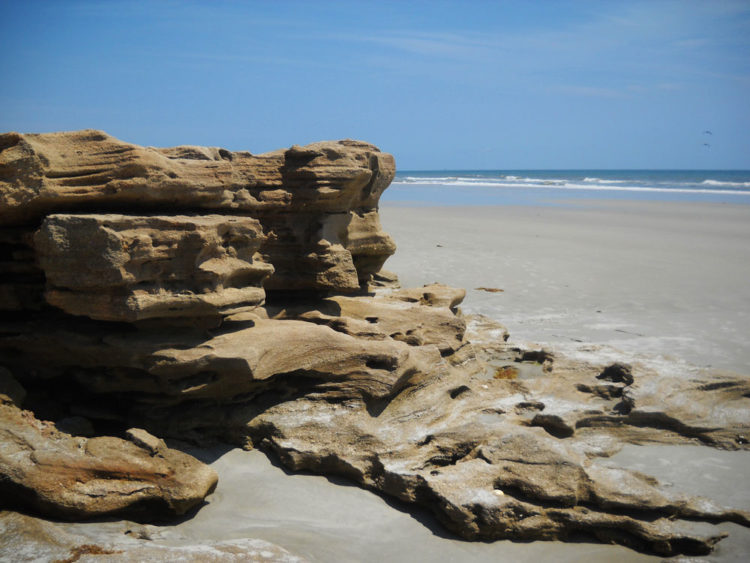 The Washington Oaks State Park beach is lined with sculpted rocks. (Photo: Bonnie Gross)